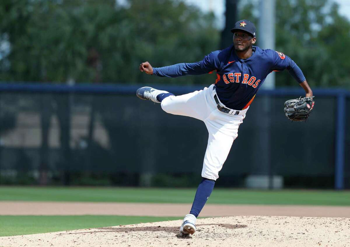 Houston Astros pitcher Enoli Paredes (91) pitches a live batting practice session during the Houston Astros spring training workouts at the Fitteam Ballpark of The Palm Beaches, in West Palm Beach , Tuesday, Feb. 18, 2020.