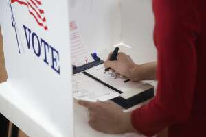 Take a look at your sample ballot The most complex part of voting might just be making your way through the ballot, and there's no straight party vote option when voting in a primary. Be prepared by getting familiar with what you'll see in the voting booth whether you're voting in the Republican or Democratic primary. Remember that you can only vote in the primary runoff for the same party you chose in the primary, but this choice will not limit who you can vote for in the November general election.