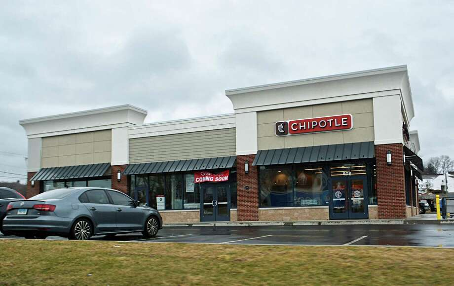 An amended site plan for a Firestone Tire and Auto to be constructed at the rear of the Chipotle plaza at Washington Street and Plaza Drive in Middletown was approved at the Feb. 12 Planning and Zoning Commission meeting. Developer Abe Kaoud owns the land. Some have objected to the project, saying the safety of nearby residents and impact on neighboring businesses should have been considered during the process. Photo: Cassandra Day / Hearst Media Connecticut