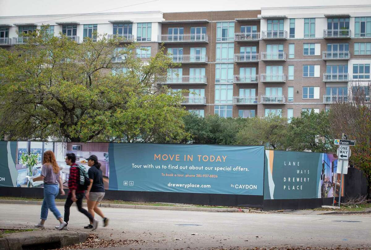 While Midtown is dotted with apartment complexes, developers say it has a dearth of affordable housing. One such proposed project, Caroline Lofts, moved a step closer to realization this week, when the city recommended it receive 9 percent tax credits.