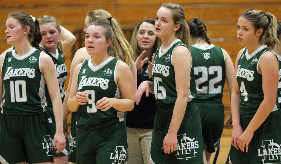 The Laker girls basketball team ended the regular season on a high note with 43-36 win at Vassar on Tuesday night. Photo: Mark Birdsall/Huron Daily Tribune