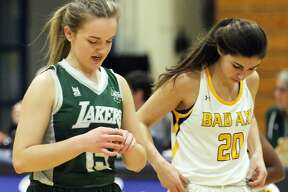 The Bad Axe girls basketball team topped visiting Laker, 46-35, on Tuesday night.