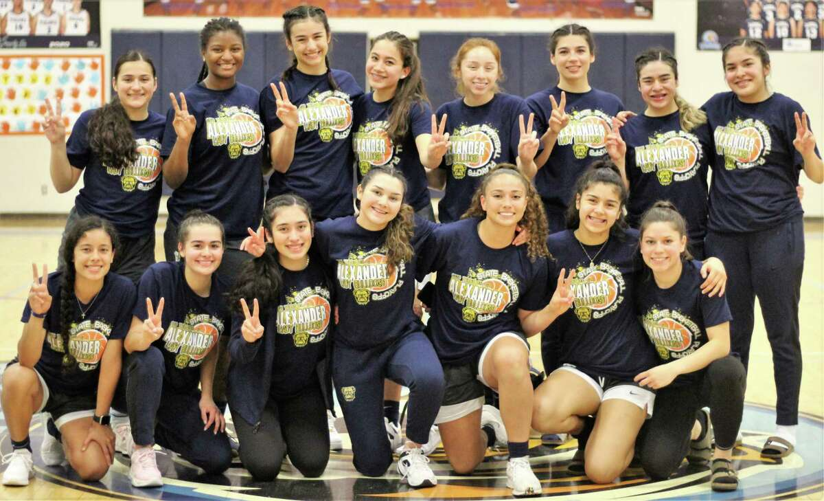 Alexander advanced through the opening round Tuesday with a 38-35 victory over PSJA North.