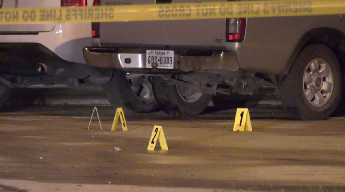Harris County sheriff's deputies investigate a deadly shooting at the intersection of Mira Colina and Rio Torcido on Tuesday, Feb. 18, 2020.