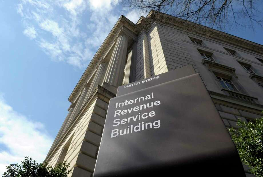 The law firm of Chamberlain Hrdlicka will host tax forums on 2019 tax preparation issues on Feb. 27 and March 3. Photo: Susan Walsh, STF / Associated Press / AP