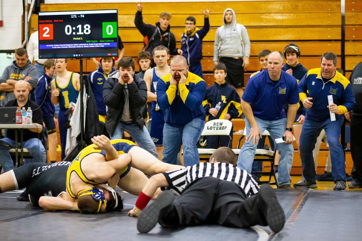 """The Michigan High School Athletic Association's Representative Council on Thursday approved a plan for adjusting schedules for the five winter """"contact"""" sports which may begin non-contact activities Jan. 16 but not full practice and competition until Feb. 1 as directed in the recent update to the Michigan Department of Health and Human Services epidemic plan."""