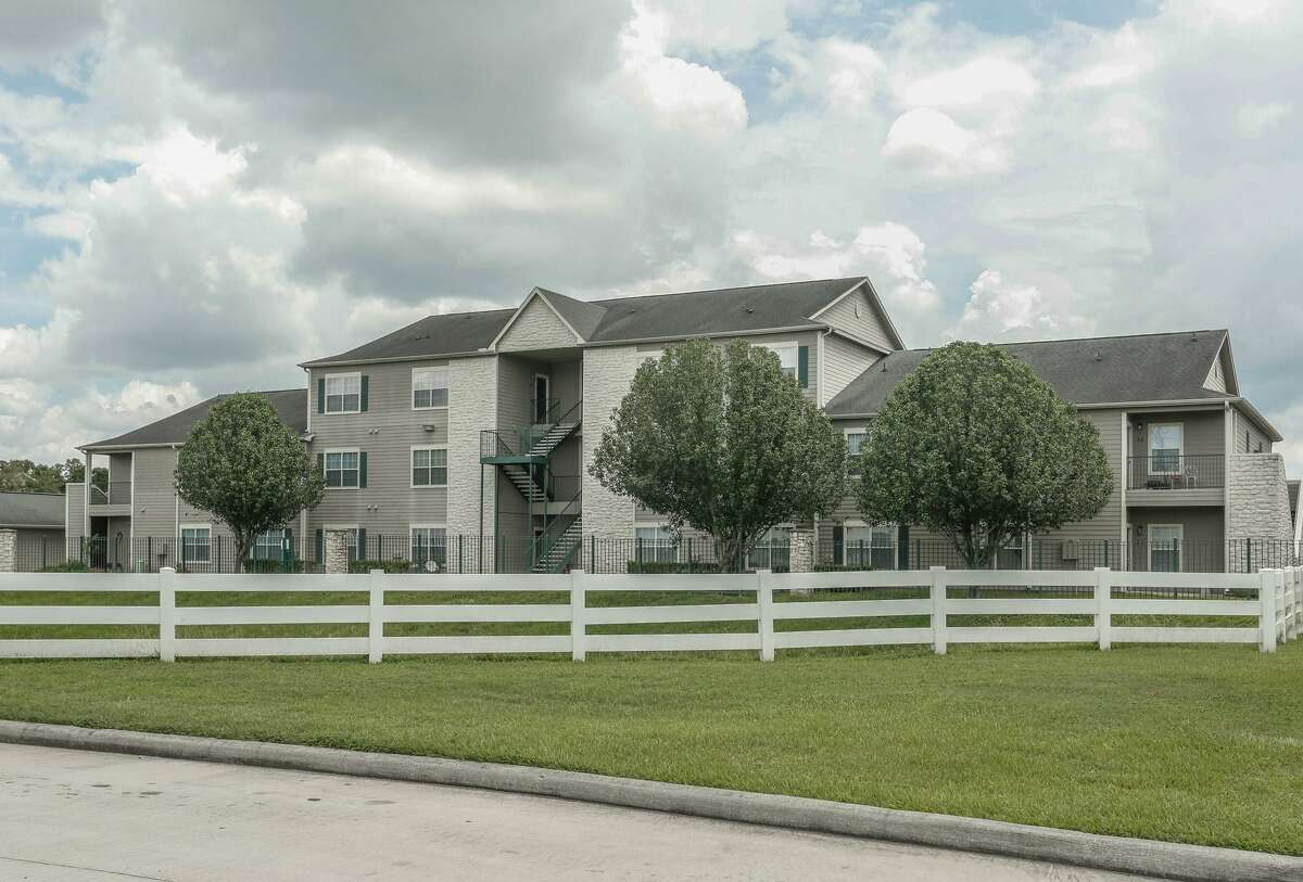 Western Wealth Capital obtained financing for the Oak Grove Apartments in northwest Houston.