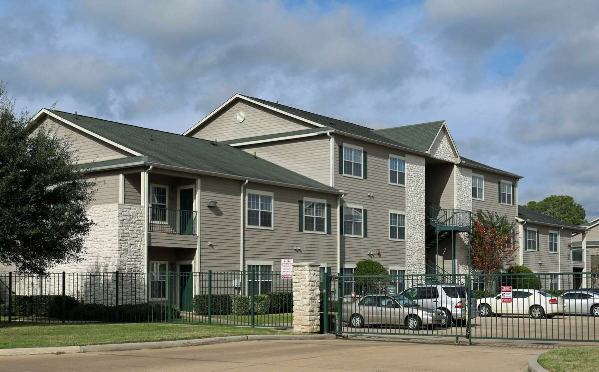Western Wealth Capitalobtained financing for the Oak Grove Apartments, a 272-unit complex at 10770 Barely Lane in northwest Houston. Berkadia's Austin office secured the loan through Voya Investment Management.