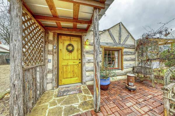 Property: Romantic cabin with patio,  Fredericksburg, TX Sleeps: 2 guests Average Price per person:  $98