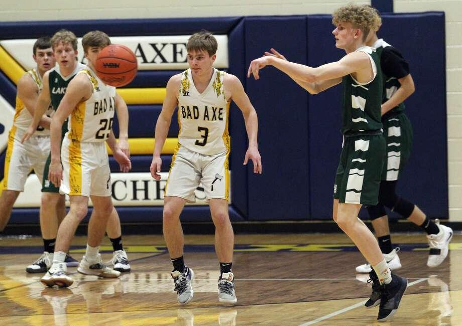 The Bad Axe boys basketball team beat visiting Laker, 59-45, on Wednesday night. Photo: Mark Birdsall/Huron Daily Tribune