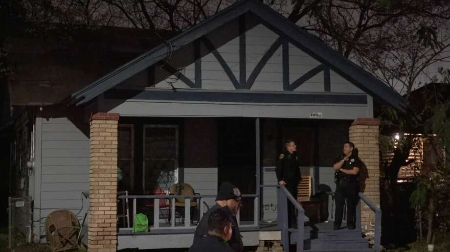 Houston police investigate after a couple was found dead of apparent cabon monoxide poisoning inside their home in the 3000 block of Burkett on Wednesday, Feb. 19, 2020. Photo: OnScene.TV