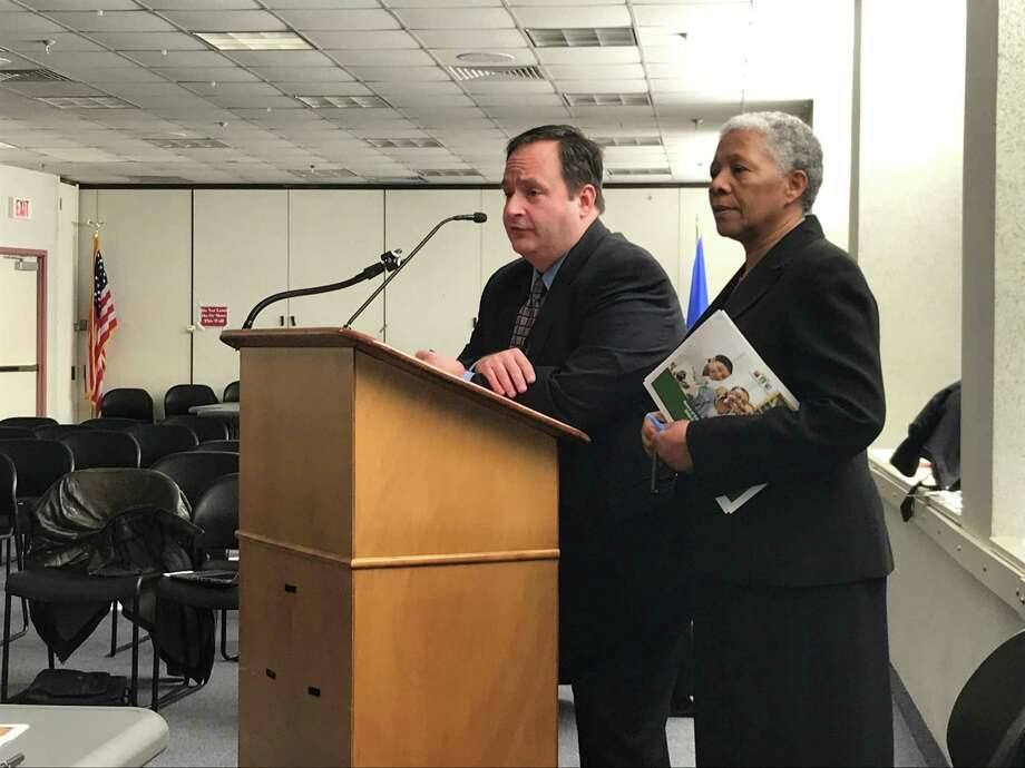 New Haven Public Schools CFO Phil Penn and interim Superintendent of Schools Iline Tracey on Feb. 19, 2020. Photo: Brian Zahn/Hearst Connecticut Media