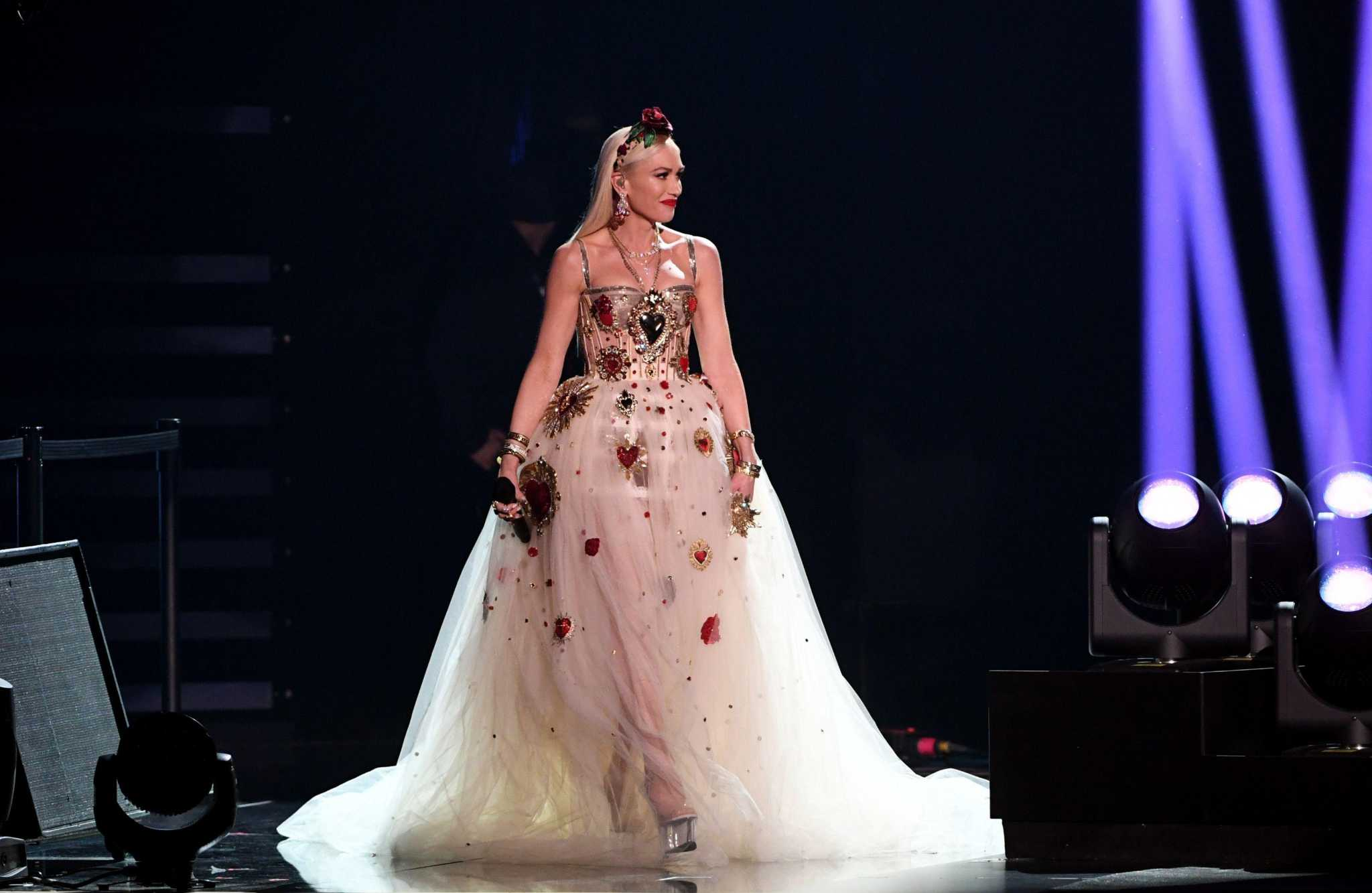 March 17 Gwen Stefani Doesn T Need A New Album To Succeed At Rodeohouston Houstonchronicle Com