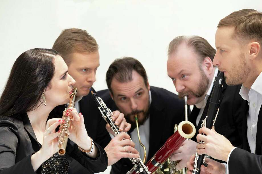 Candlelight Concerts presents the Carion Wind Quintet on Feb. 23, 2020, at Wilton Congregational Church. Photo: Janisphoto.com / Candlelight Concerts / janisphoto.com