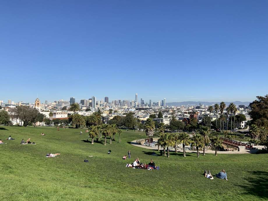 A clear and sunny day at San Francisco's Dolores Park in 2020. As of Feb. 20, the city hadn't seen any rain for the month. Photo: A. Graff