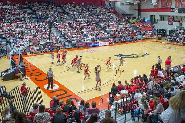 Over 3,000 students filled the stands for the annual Education Day game between the SIUE Cougars and Austin Peay on Thursday.