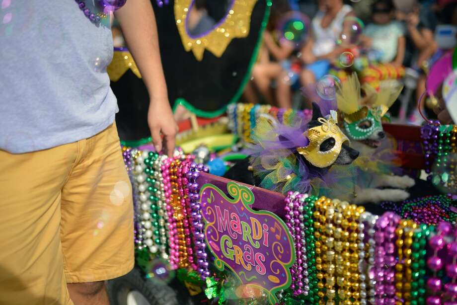 Read on for all the Mardi Gras celebrations around Seattle, or keep clicking for a few happy hour spots you can celebrate at around downtown Seattle this weekend and next week. Photo:  Chelsea Guglielmino / Contributor / Getty Images / 2018 Chelsea Guglielmino