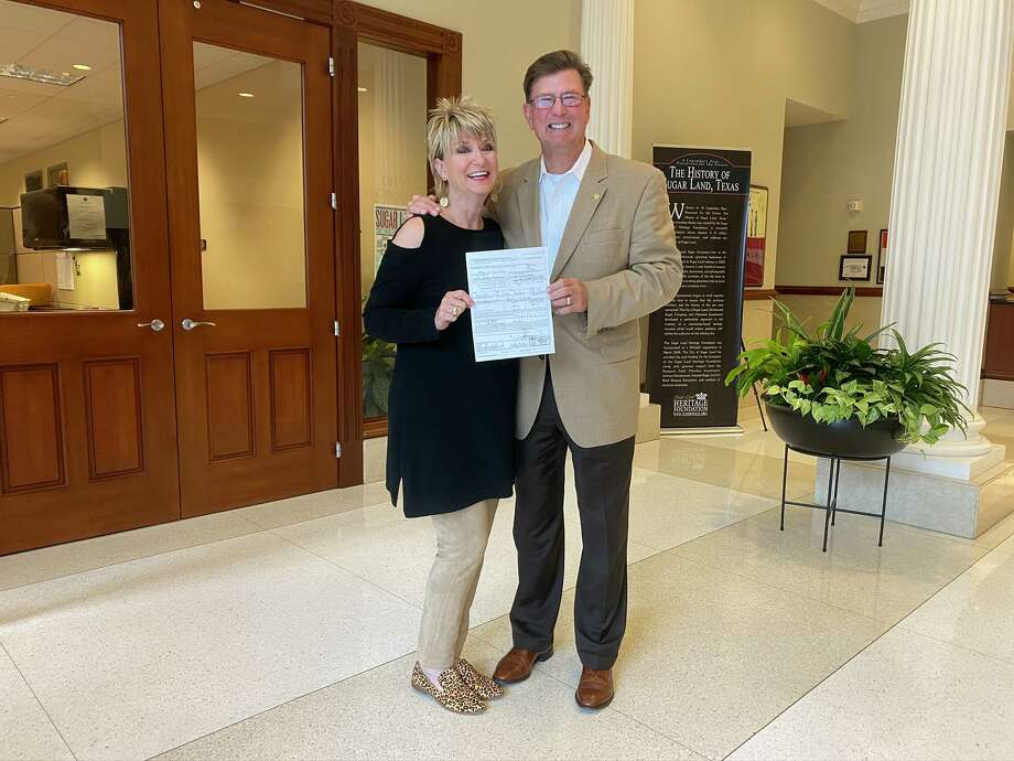 Mayor Joe R. Zimmerman and his wife Nancy Zimmerman filing for his third term as Mayor of Sugar Land. Photo: City Of Sugar Land
