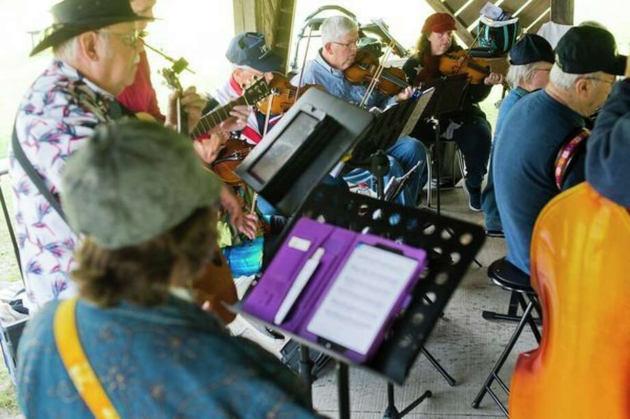 Saturday, Feb. 22: Jolly Hammers and Strings will play from 1 to 4 p.m. at the Chippewa Nature Center, 400 S. Badour Road. (Daily News file photo)