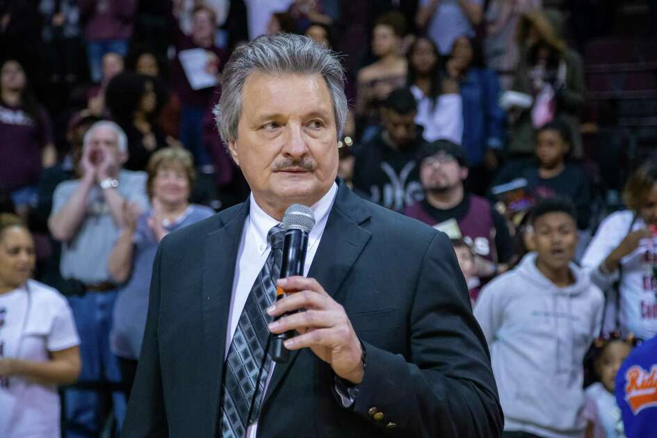 San Marcos, TX; Texas State Bobcats head coach Danny Kaspar gives thanks to the team and the home fans for the season support at the NCAA mens basketball game on Saturday, Feb 12, 2020, at the Strahan Arena. [JOHN GUTIERREZ/FOR EXPRESS-NEWS]