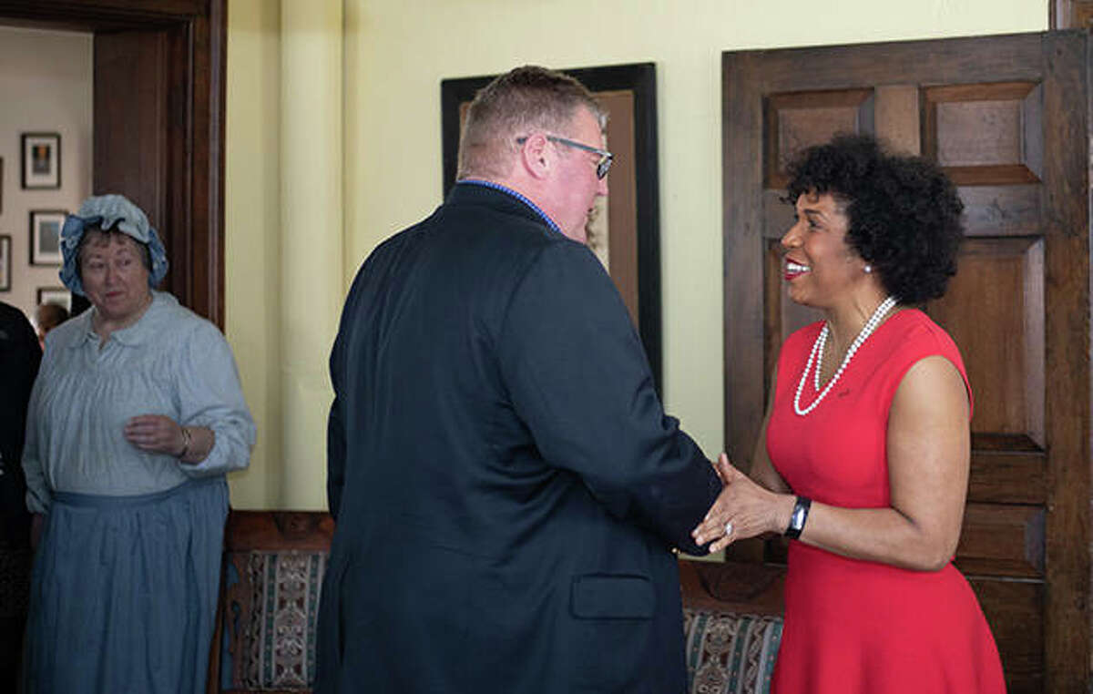 Jacksonville Mayor Andy Ezard meets Lt. Gov. Julianna Stratton at Woodlawn Farm.