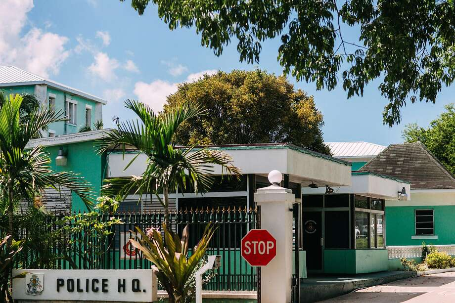 Police headquarters in Nassau, Bahamas, Oct. 6, 2019. Wealthy fashion executive Peter Nygard has clashed for years with his neighbor in the Bahamas, hedge fund billionaire Louis Bacon. The latest development is a lawsuit accusing Nygard of sexually exploiting teenage girls. (Elizabeth D. Herman/The New York Times) Photo: Elizabeth D. Herman, NYT