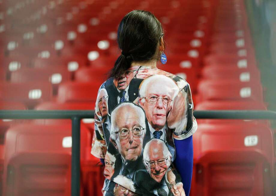 A volunteer at the Bernie Sanders rally at the Fertitta Center at the University of Houston campus before the candidate speaks on Sunday, Feb. 23, 2020. Photo: Elizabeth Conley,  Houston Chronicle / Staff Photographer / © 2019 Houston Chronicle