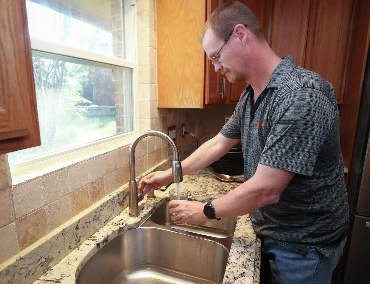 Jimmy Davis is one of 40,000 customers affected by the city's water billing issues Friday, Feb. 21, 2020, in Pearland. The problem is a pronounced lag between when the city's water meters are read and when those bills were made available to customers, dating all the way back to 2018.