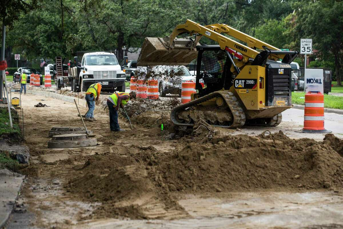 Road reconstruction continues on Richmond Avenue just east of Loop 610 on Aug. 26, 2019, in Houston.