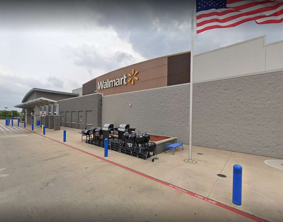 """A man who told deputies several times to """"shoot him"""" was fatally shot Monday at a Walmart in Floresville, according to the Texas Department of Public Safety. Photo: Google Maps"""