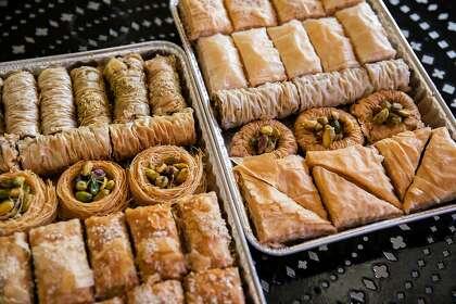 Baklava-Sortiment im Sultan Bakery Grill am Dienstag, 18. Februar 2020 in San Jose, Kalifornien.