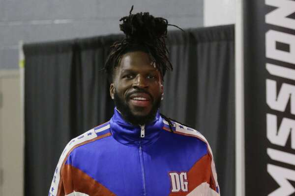 HOUSTON, TEXAS - FEBRUARY 24: DeMarre Carroll #9 of the Houston Rockets arrives before playing the New York Knicks at Toyota Center on February 24, 2020 in Houston, Texas. NOTE TO USER: User expressly acknowledges and agrees that, by downloading and/or using this photograph, user is consenting to the terms and conditions of the Getty Images License Agreement. (Photo by Bob Levey/Getty Images)