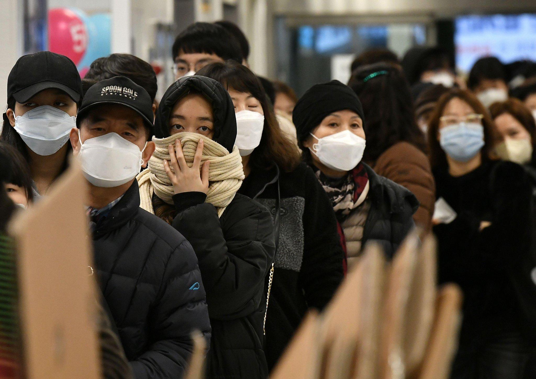 Coronavirus live updates: CDC tells Americans to prepare for spread