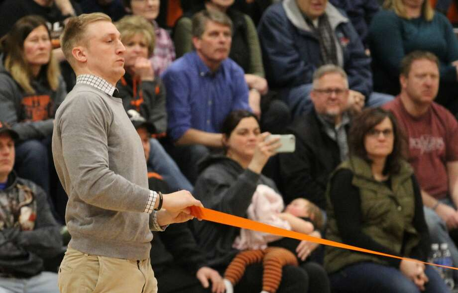 The Ubly boys basketball team beat Bad Axe, 46-35, on Monday night as the Bearcats dedicated their renovated gymnasium. Photo: Mark Birdsall/Huron Daily Tribune
