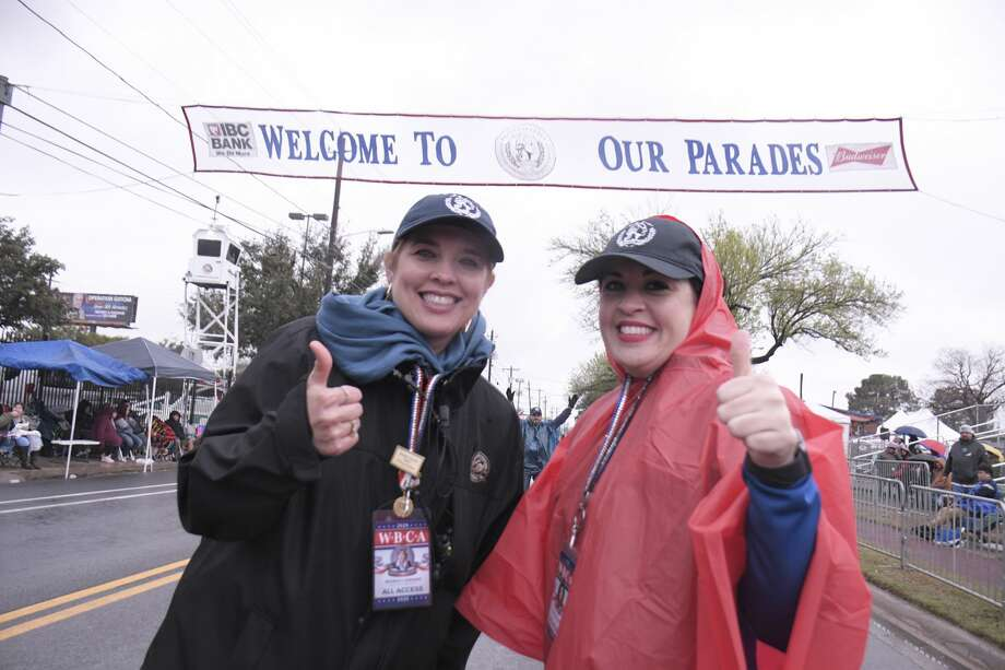 Rainy weather didn't deter hundreds of Laredoans from showing up and viewing the WBCA Youth Parade Under the Stars on February 20, 2020. Photo: Cuate Santos/Laredo Morning Times