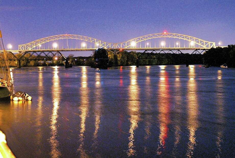 The Arrigoni Bridge connects Portland to Middletown over the Connecticut River. Photo: Hearst Connecticut Media File Photo /