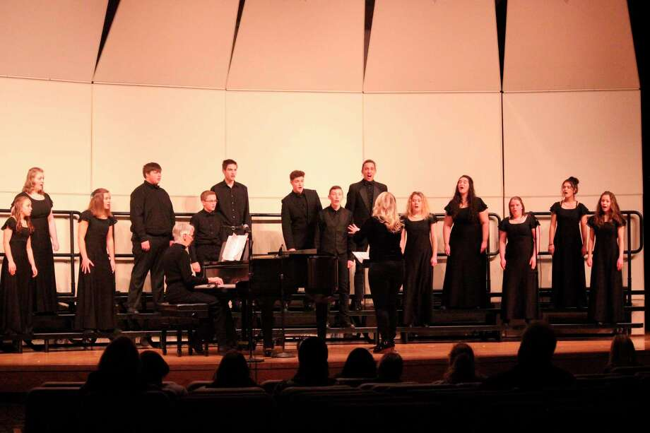 Benzie Central's Chamber Choir performs prior to attending festival. (Photo/Robert Myers)