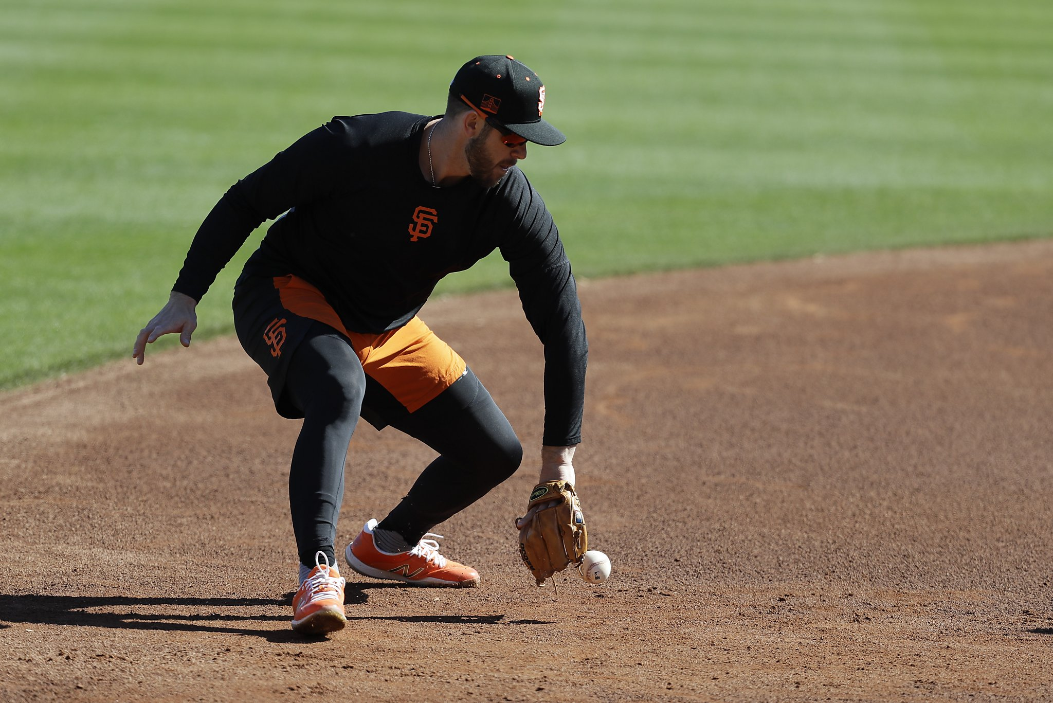 Why Giants' Evan Longoria is learning a new position at age 34