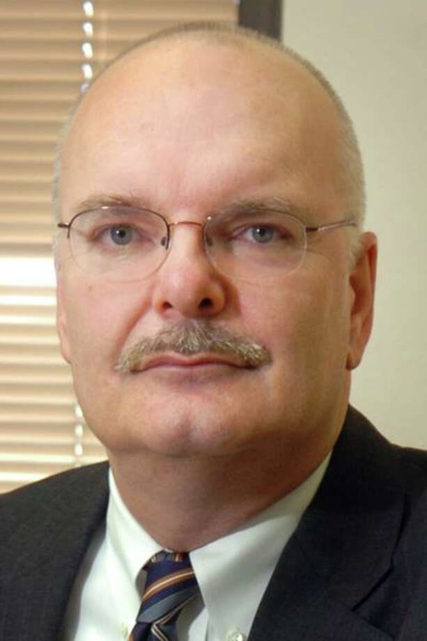 Retired State's Attorney John Smriga. Photo: Ned Gerard / Ned Gerard / Connecticut Post