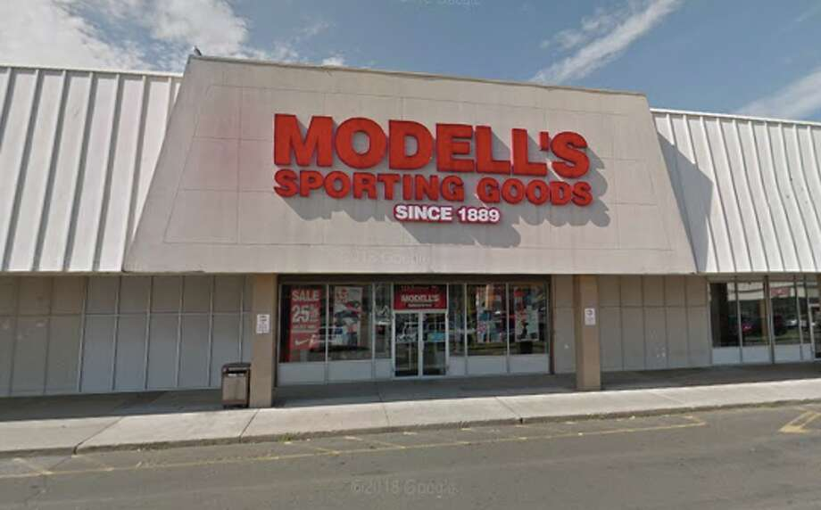 Modell's Sporting Goods in Bridgeport Photo: Google Maps