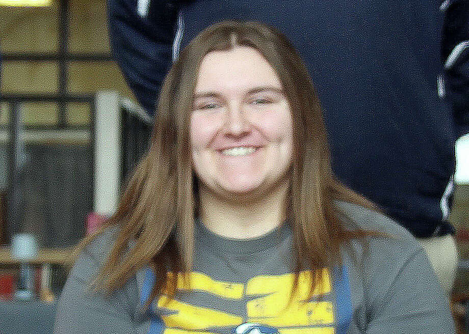 North Huron's Patricia Pineau inked her letter of intent to officially become a future member of the Mid-Michigan Community College bowling squad on Wednesday morning. Photo: Eric Rutter/Huron Daily Tribune