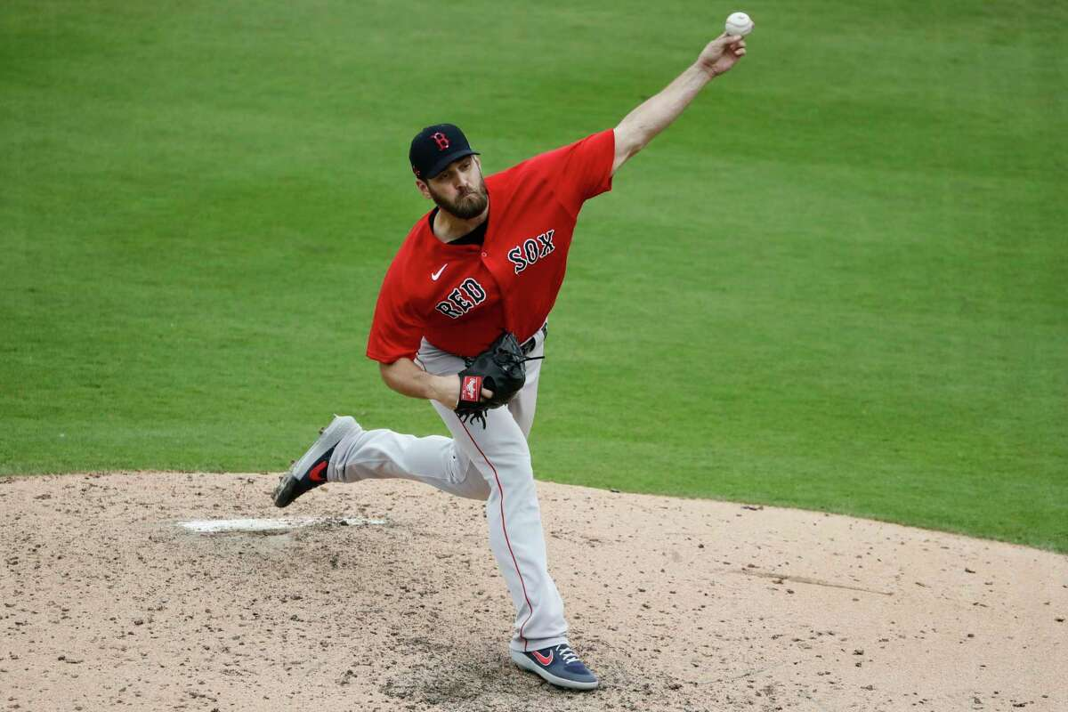 Boston Red Sox's Josh Osich delivers a pitch during the fourth inning of a spring training baseball game against the Pittsburgh Pirates Wednesday, Feb. 26, 2020, in Bradenton, Fla. (AP Photo/Frank Franklin II)