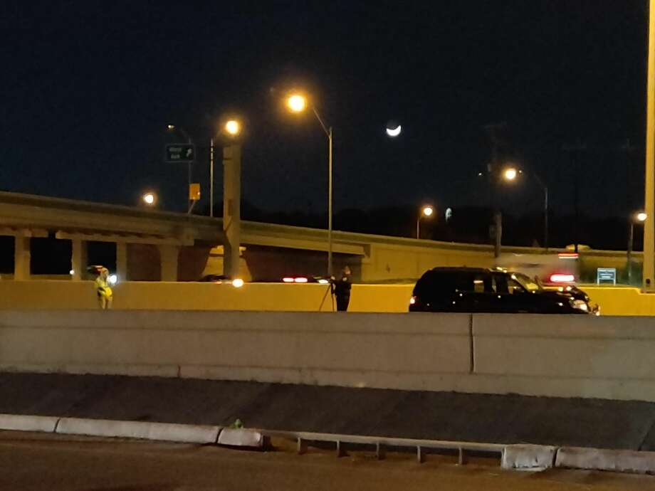 A man was hit by an SUV on Wednesday evening while trying to cross U.S. 281 on the North Side. Photo: Jacob Beltran