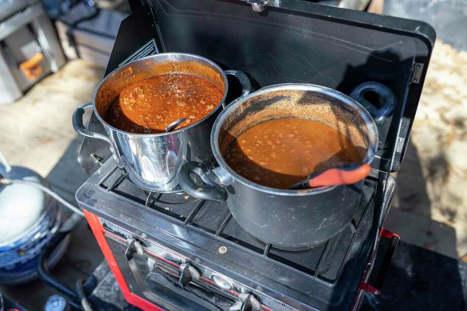 A steaming bowl of chili awaits participants in the Wilton Chilly Run. Photo: Gustavo Huerta / Staff Photographer / Houston Chronicle