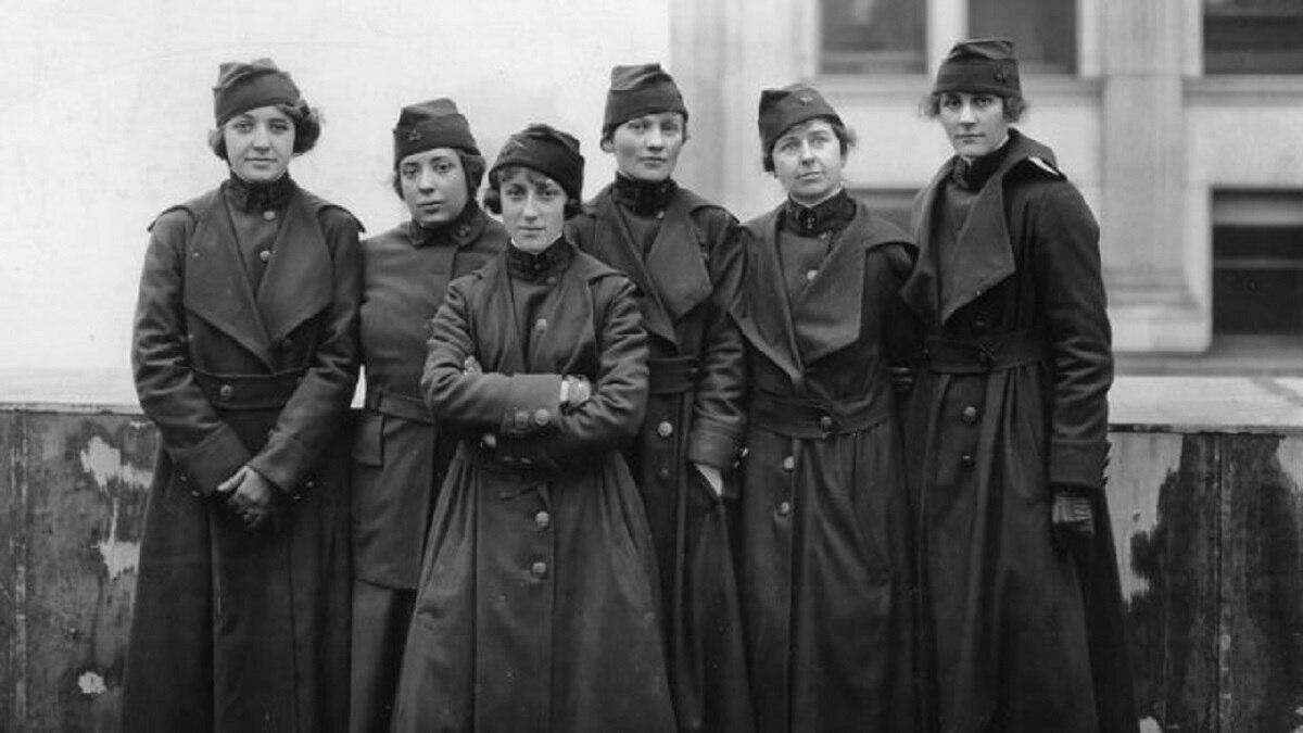 Some of the 223 women who served as telephone operators in France during World War I. They are the subject of the film