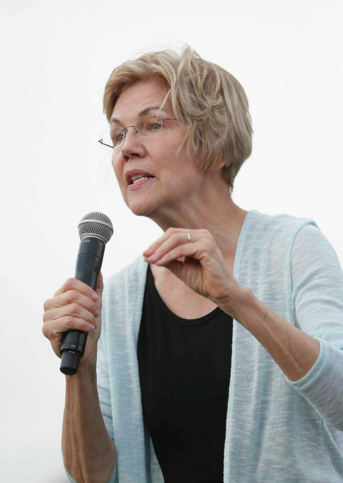 Presidential candidate Elizabeth Warren holds a town hall meeting at Vic Mathias Shores at Lady Bird Lake Metro Park on September 10, 2019.