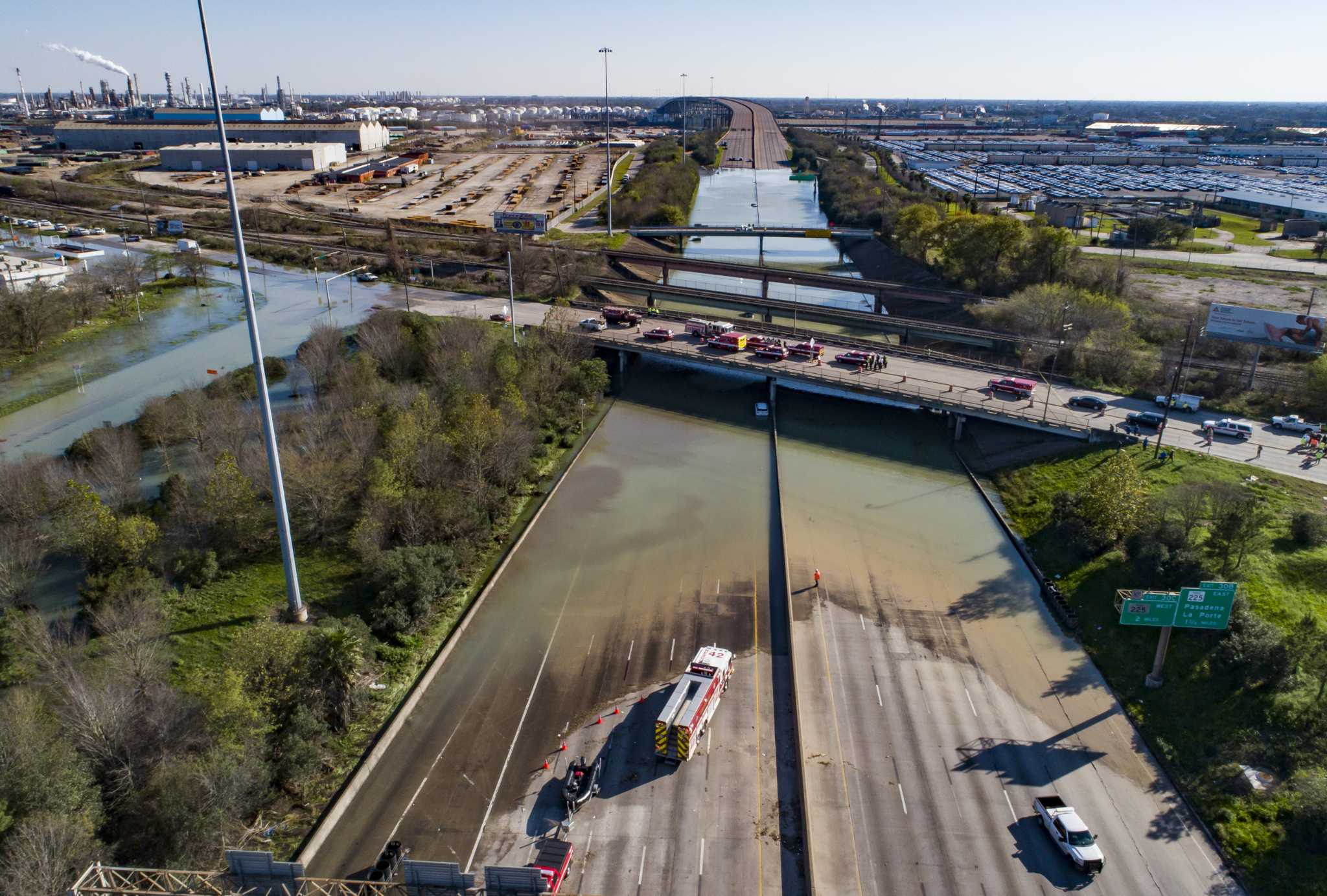 Exclusive drone footage shows dramatic flooding in east Houston along Loop 610