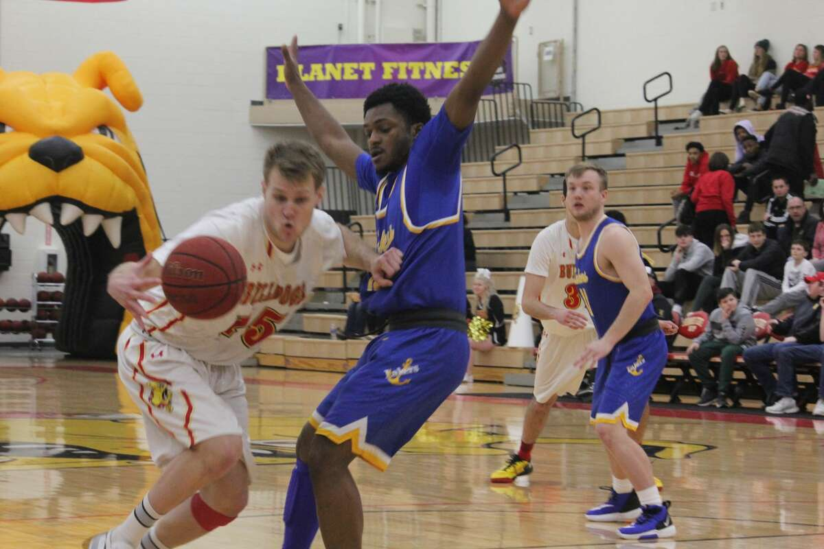 Ferris' men's basketball team defeated Lake Superior State 84-67 in Thursday's regular-season finale to earn the top seed in the GLIAC playoffs.