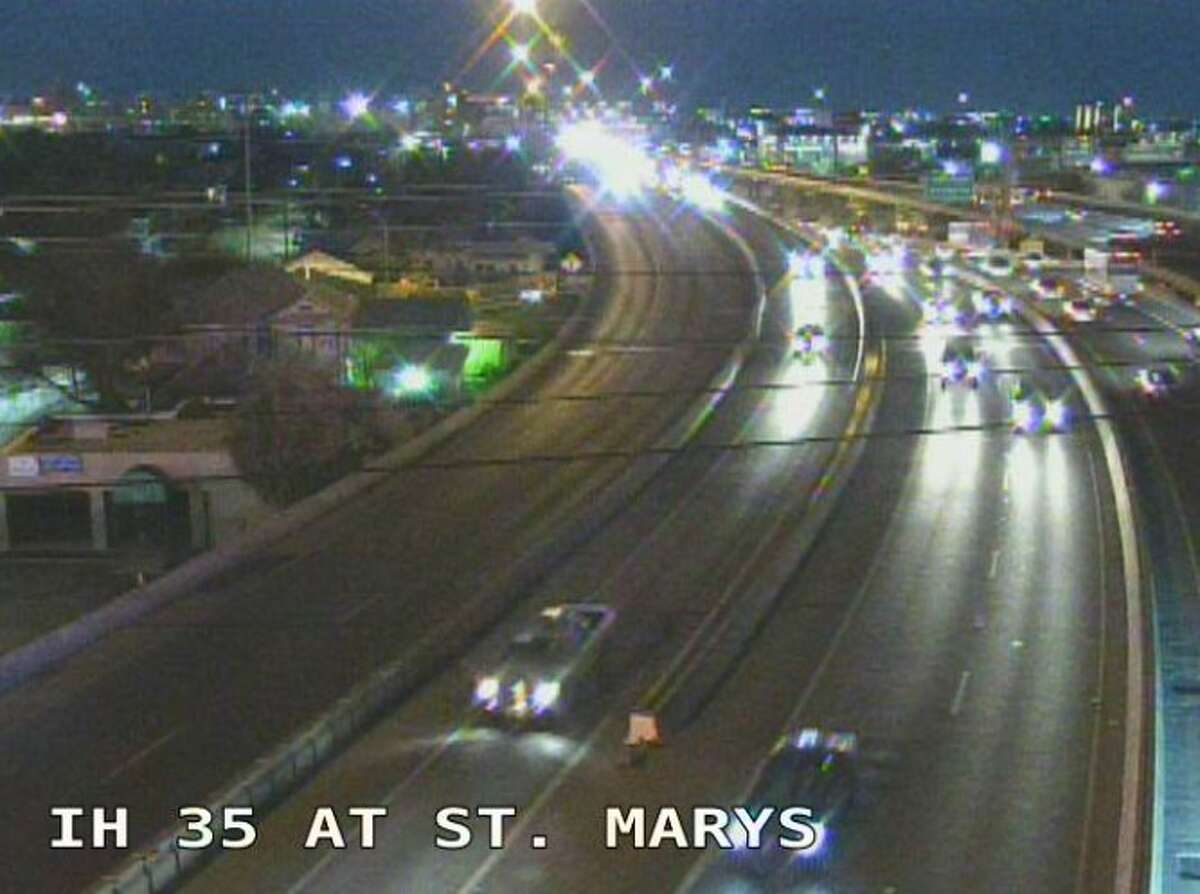 Major traffic accident shuts down I-35 near St. Mary's Street during morning commute