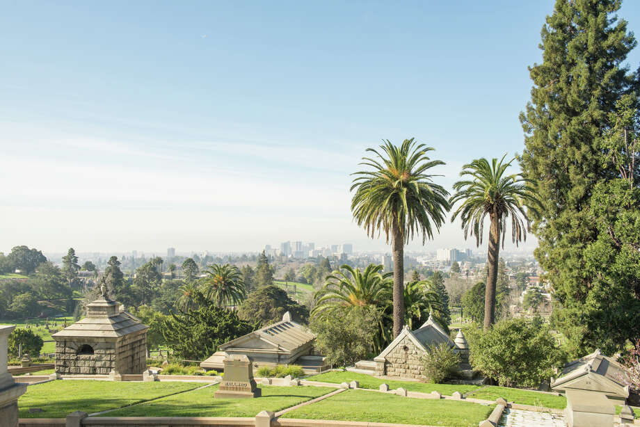 Downtown Oakland can be seen from Mountain View Cemetery. Photo: Blair Heagerty / SFGate
